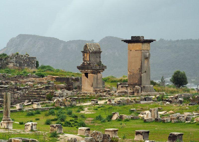 トルコの古代遺跡レトーンとクサントスに佇み世界遺産を体感する!