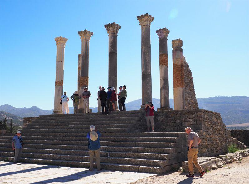 神殿、フォーラムなどの公共施設