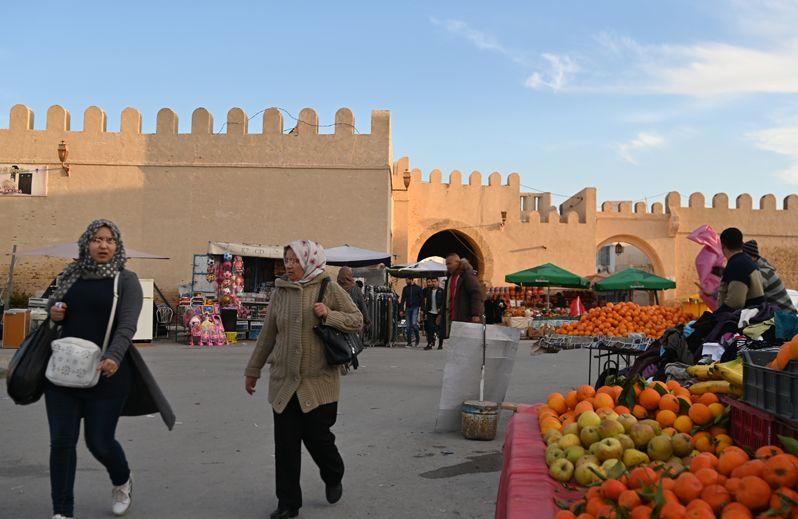 チュニジア随一の聖都カイルアン 史跡ホテルとメディナを満喫!