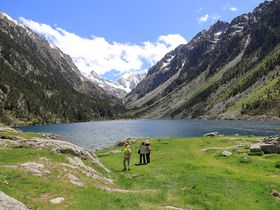 フランス側ピレネー山脈はここが美しい!ゴーブ湖は雲上の楽園