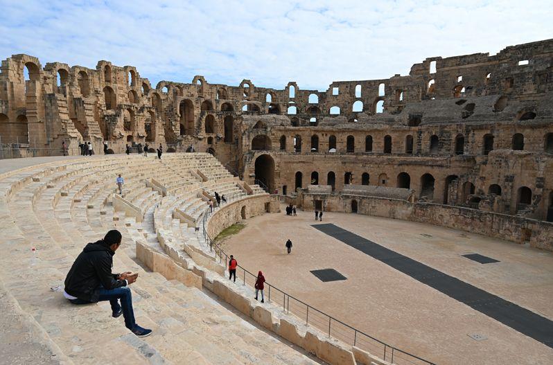 チュニジアのローマ遺跡は圧巻!エル・ジェム円形闘技場を満喫しよう