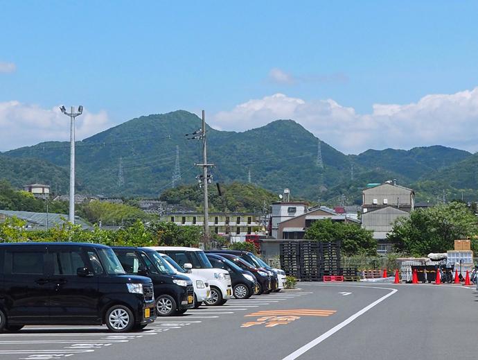 大阪側から二上山に登る
