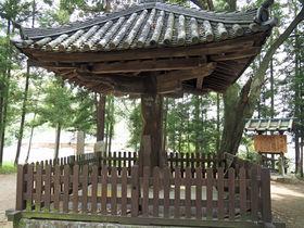 史跡がいっぱいの奈良側から登る!軽登山のメッカ「二上山」
