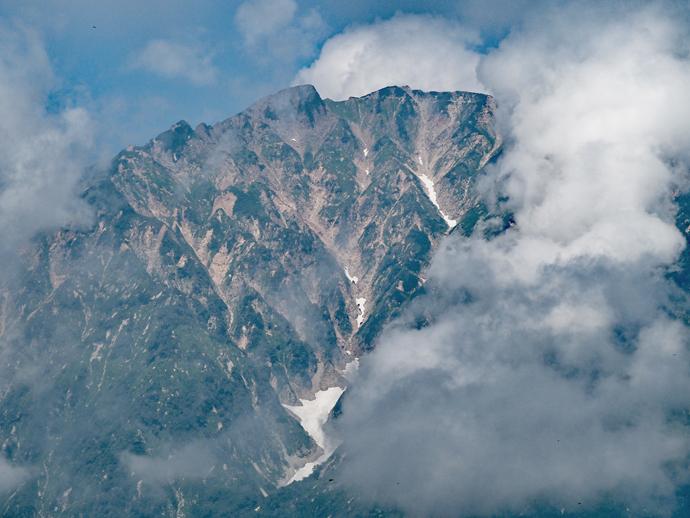 テレキャビンに乗り小遠見山トレッキングに挑戦しよう!