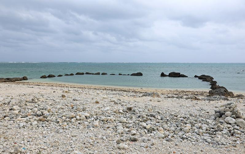 石垣島の「白保」で珊瑚礁の海と集落の風情を楽しむ!
