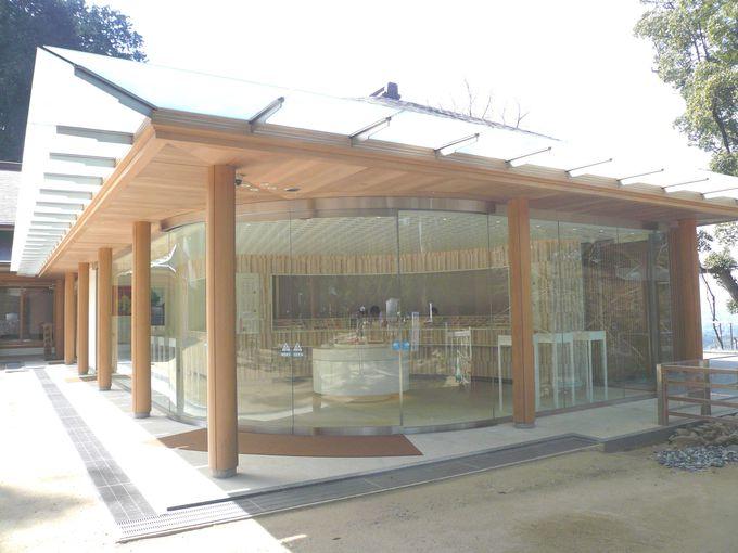 「100年後のスタンダードを作りたい」がコンセプトのデザイナーズ建築の社務所