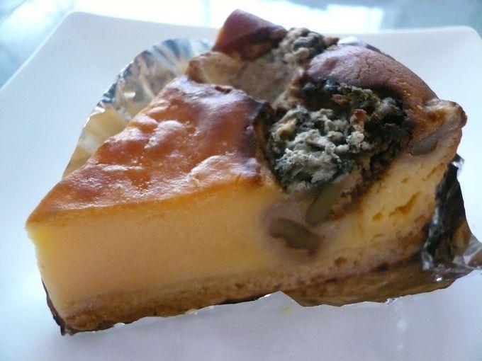 濃厚で大人味のゴルゴンゾーラチーズケーキ