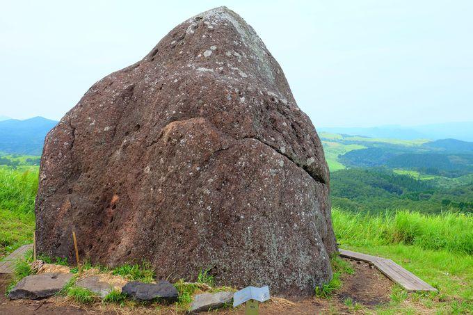 ピラミッドの石が指すのは北極星?!
