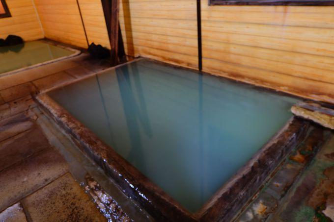 白旗源泉のお湯は期待を裏切らないパンチと熱さ!