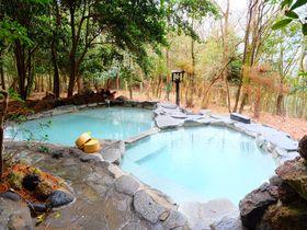 森林浴と癒し時間を満喫できる貸切露天!鹿児島・霧島「旅行人山荘」