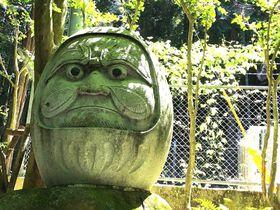 縁起物が大集合!不思議な水汲みスポットの長崎・島原「舞岳源水」