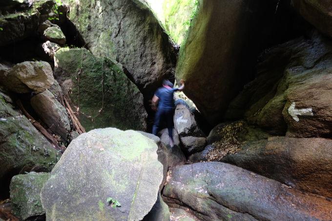 「生まれ変われる」激せま空間は岩窟イチの超難所
