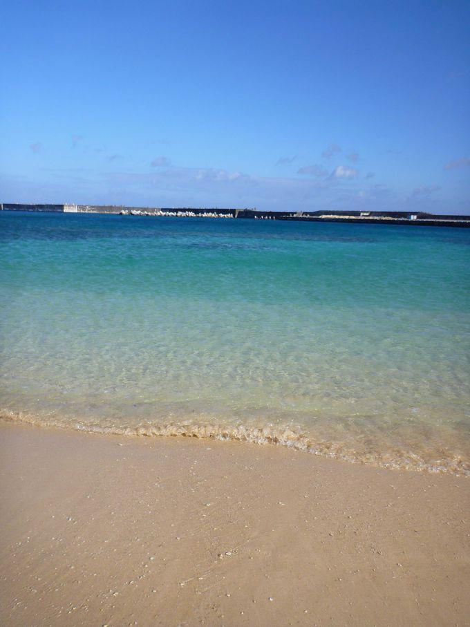 与那国島:エメラルドグリーンの海と穏やかな砂浜の「ナーマ浜」