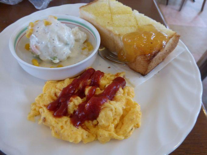 豊川市「さいもん」のモーニングは50円でトースト食べ放題
