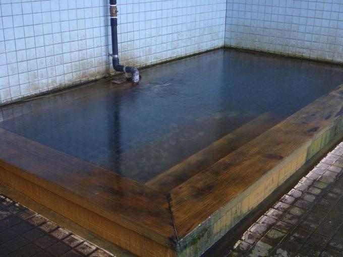 レトロ感漂う浴室にすばらしい温泉
