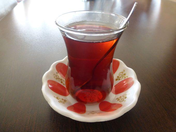 トルコを代表するドリンク「チャイ」を本場で味わおう