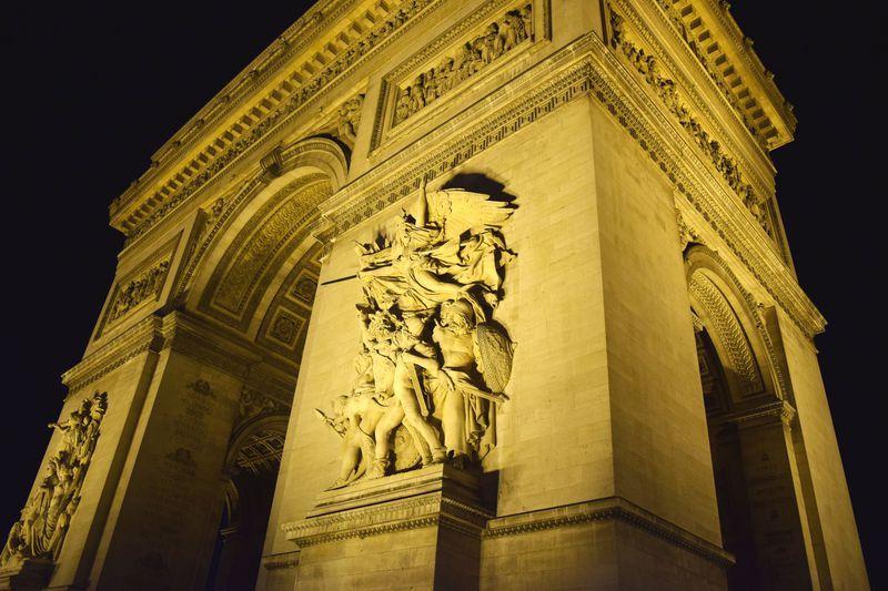 絶対に外せない!「光の都」パリの美しいライトアップ4選