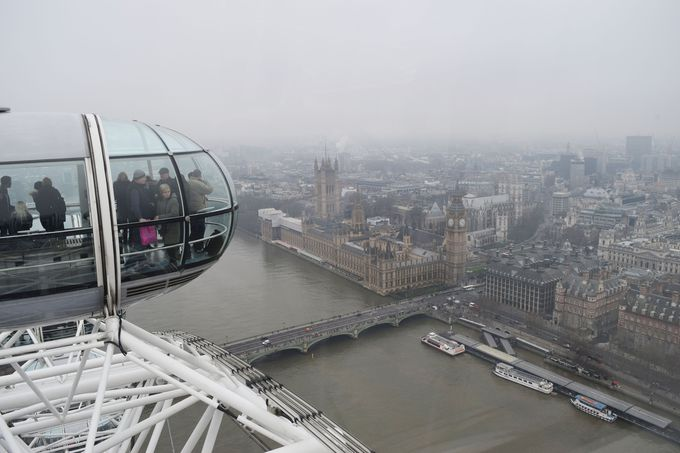 「ロンドン・アイ」からビッグベンを拝もう