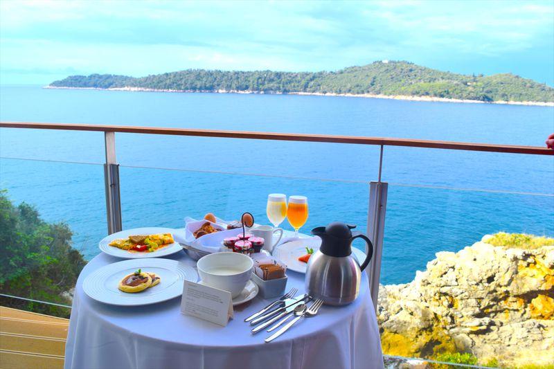 """ヴィラ・ドゥブロヴニクは""""アドリア海の真珠""""の世界最高峰ホテル!"""