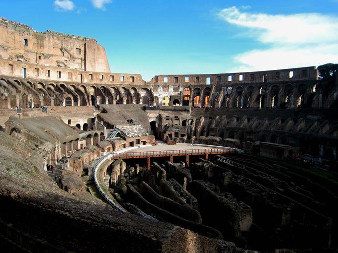 収容人数はなんと5万人!古代の円形闘技場
