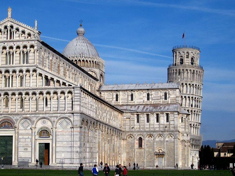 ヨーロッパでおすすめの歴史的建築物10選 建築様式ごとの美しさも解説!