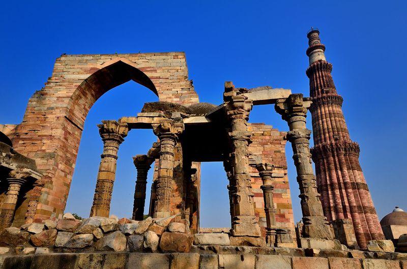 世界で最も高いミナレット!クトゥブ・ミナールでインド史に思いを馳せる!