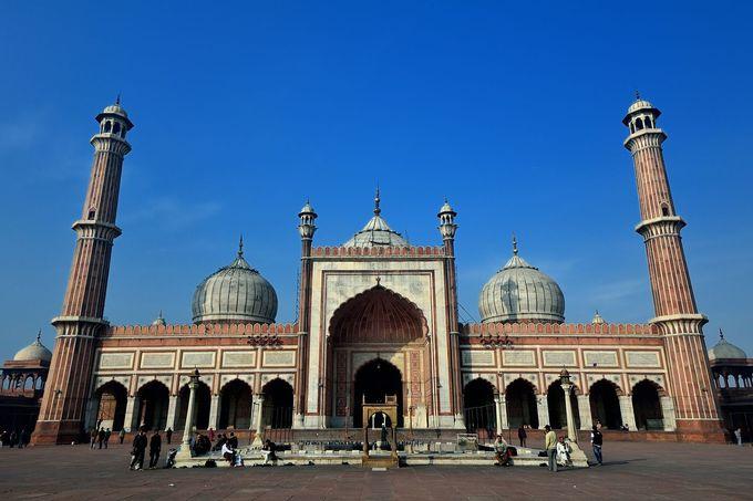 インド最大の美しいモスク