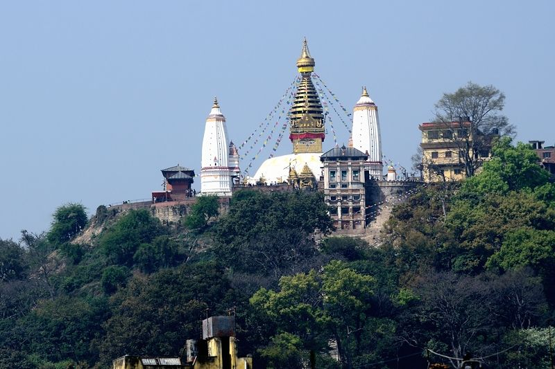 丘の上の寺