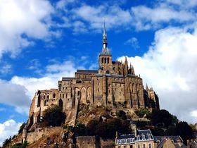 美しすぎる修道院!フランスの世界遺産モンサンミッシェルの歴史に触れる!