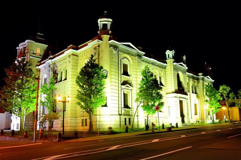 美しすぎる「日本銀行旧小樽支店」のライトアップ