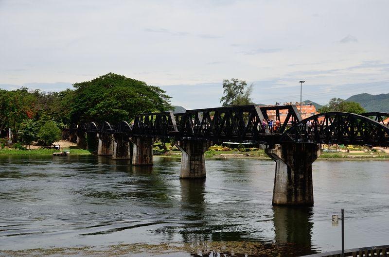 「戦場にかける橋」の舞台!クウェー川鉄橋