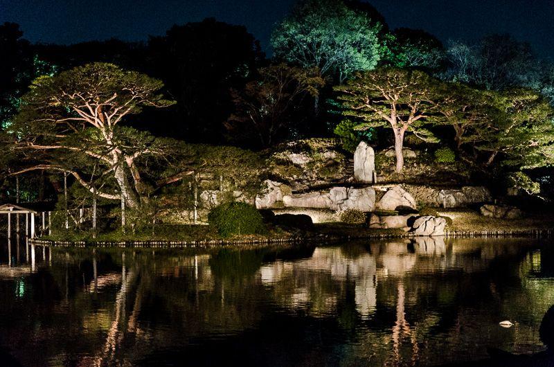 「大名庭園」もライトアップ