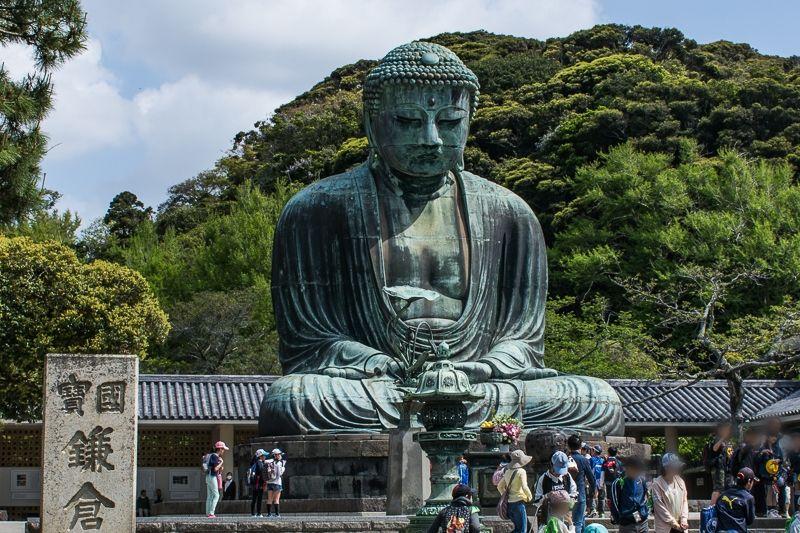 高さ約13m!鎌倉大仏は圧倒的な存在感!