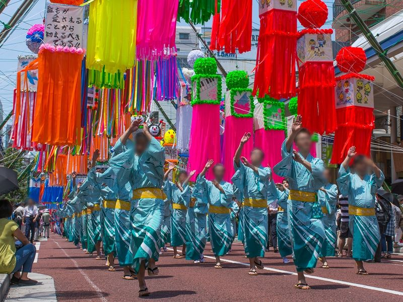 「湘南ひらつか七夕まつり」ではパレードも必見!