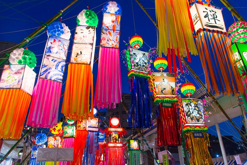 夜も楽しい「湘南ひらつか七夕まつり」七夕飾りのライトアップは必見!