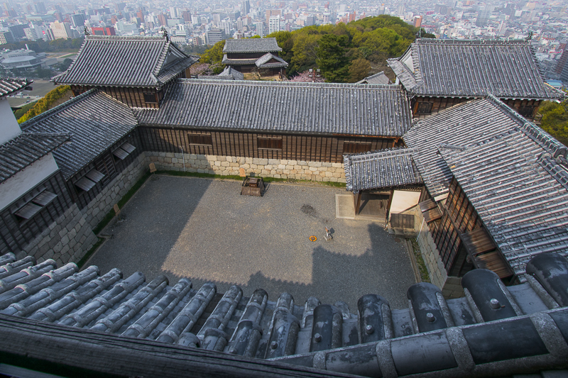 松山城は「連立式天守」