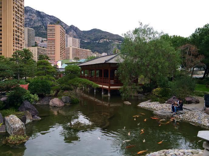 日本庭園とエキゾチック庭園もぜひ!