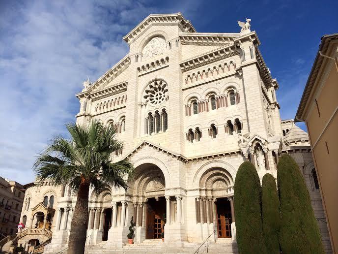 結婚式の場であり、今も公妃が眠る大聖堂