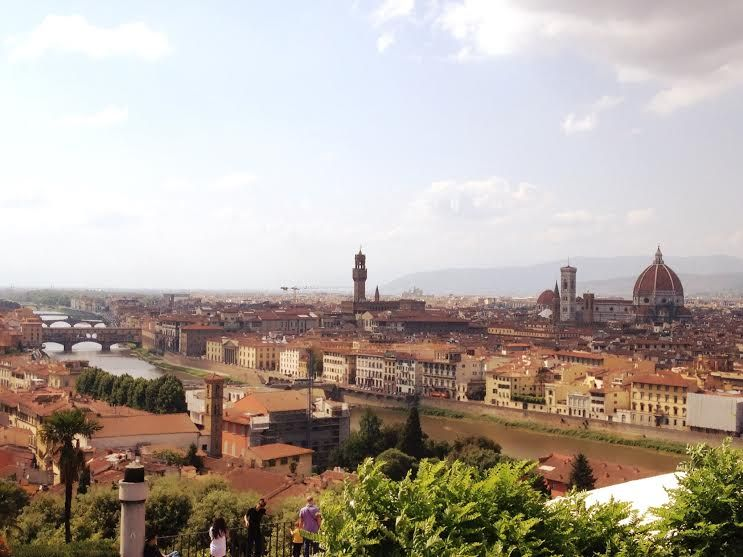 あの景色はここ!ミケランジェロ広場からの風景