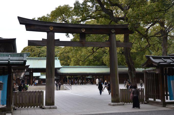 訪日外国人に人気の明治神宮にすぐ行ける理想的な立地