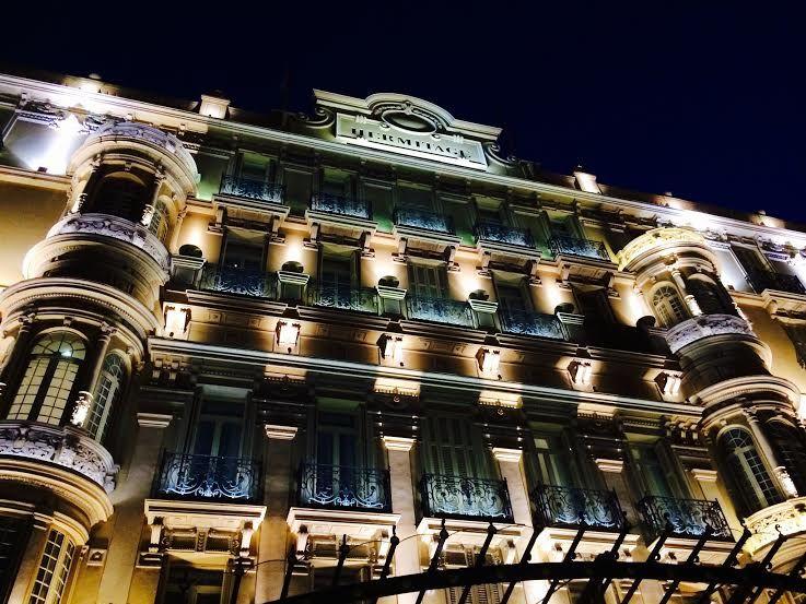 伝統と格式あるホテル『エルミタージュ』