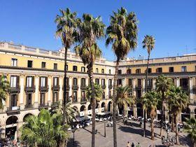 王の広場にステイ!バルセロナ「ホテル ド プラカ レイアル」