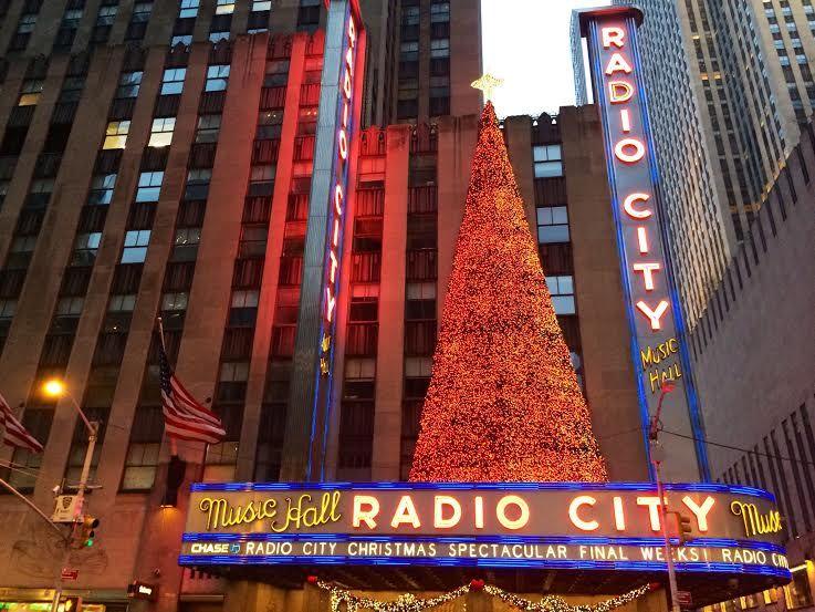 クリスマス恒例のショーが楽しめるラジオシティー
