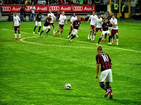サッカーの本場イタリアで観戦!聖地サン・シーロスタジアム
