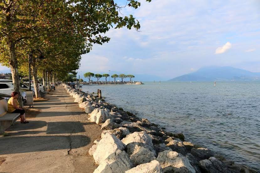 イタリア最大の湖ガルダ湖