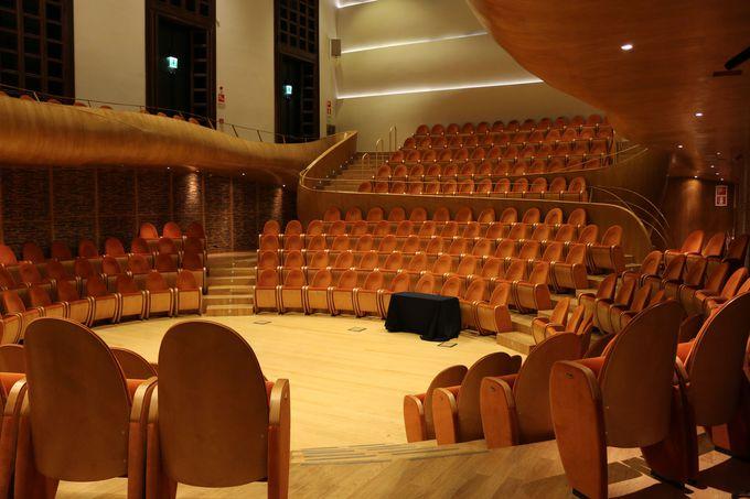 ヴァイオリン博物館と併設のコンサートホール