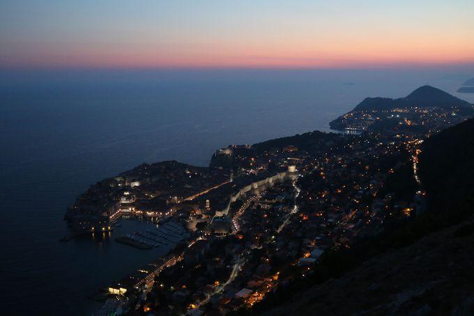 夕方:スルジ山山頂からドブロブニクを眺めよう