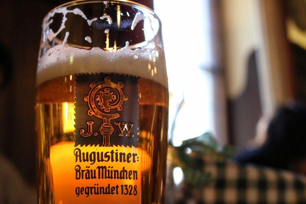 ランチ:アウグスティナーケラーで乾杯!