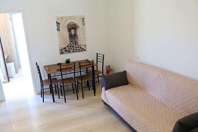リノベーション済みの綺麗な客室
