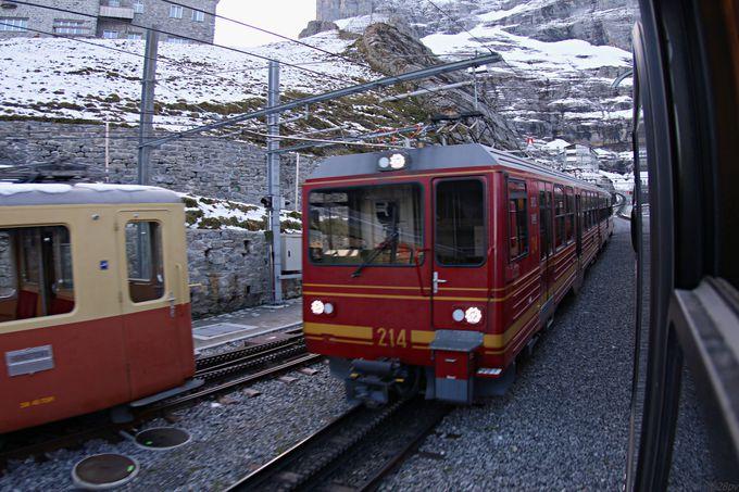 最後の登山列車ユングフラウ鉄道で展望台に到着!